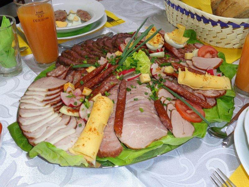 rsz_meat-platter-704875_1280