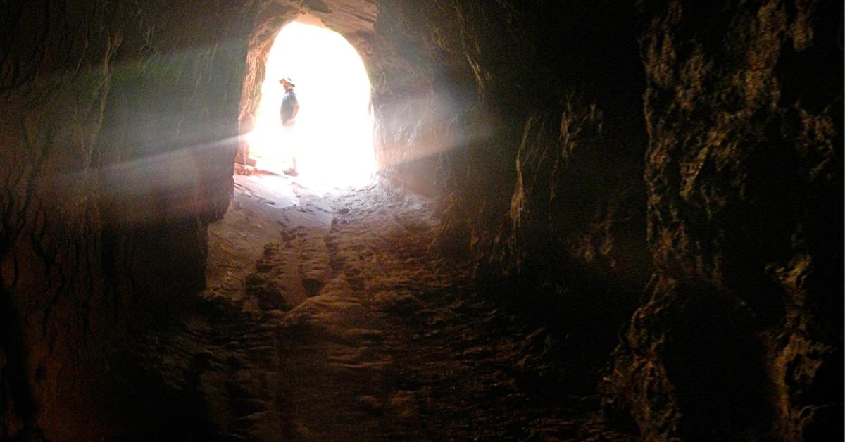 swiatełko w tunelu