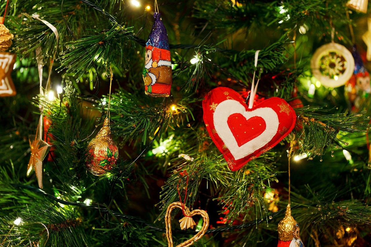 christmas-tree-83800_1280